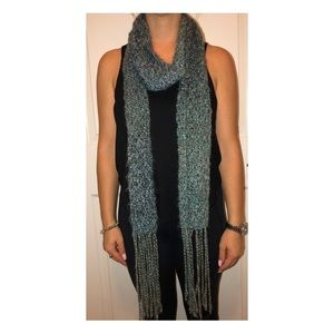Fashionable Teal Hand Woven Scarf